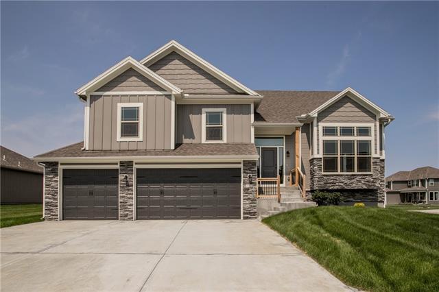 811 W Rader Street Property Photo