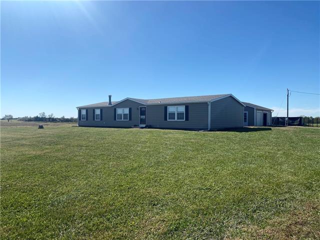 769 E 500 Road Property Photo
