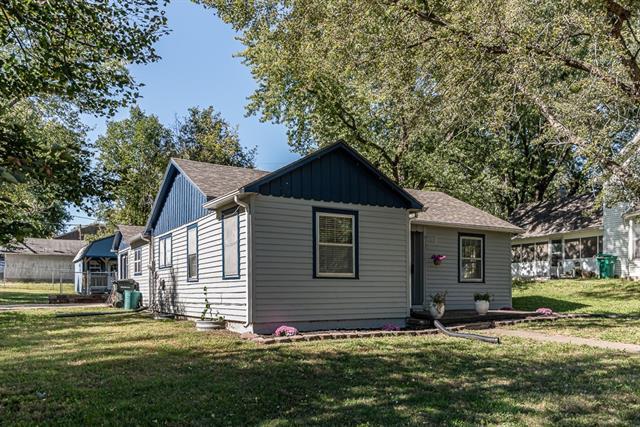 710 Walnut Street Property Photo