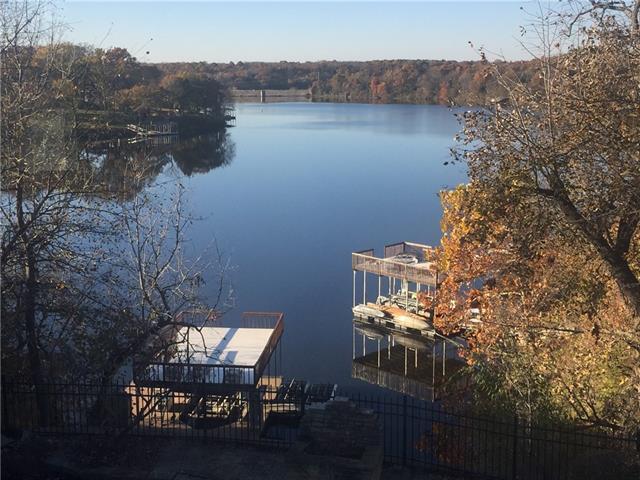 2329 Ne Lake Breeze Lane Property Photo 1