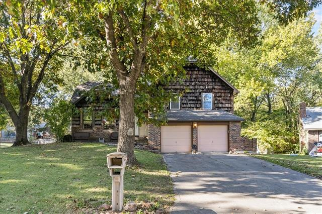 220 Valley Drive Property Photo