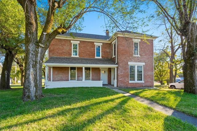 605 W Main Street Property Photo