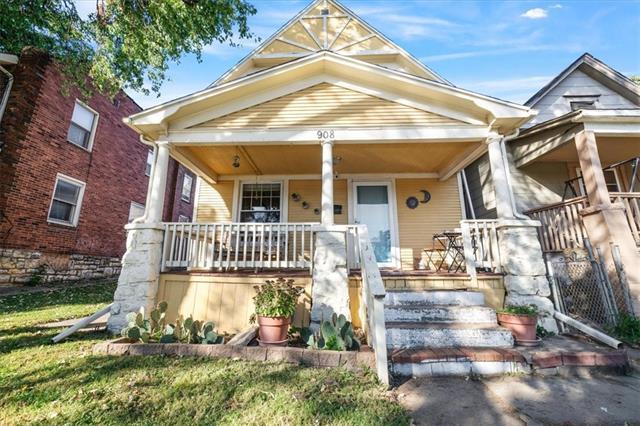908 Central Avenue Property Photo