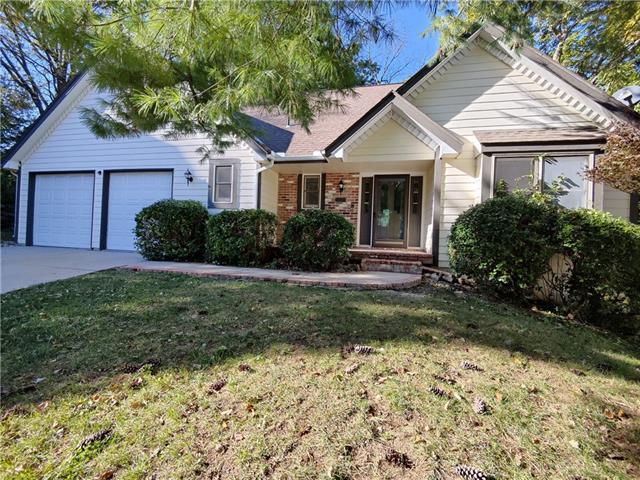 Cedar Oaks Real Estate Listings Main Image