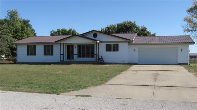 45 Lakeshore Drive Property Photo