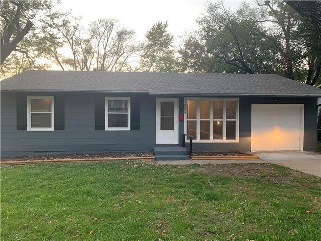 5208 Sycamore Avenue Property Photo