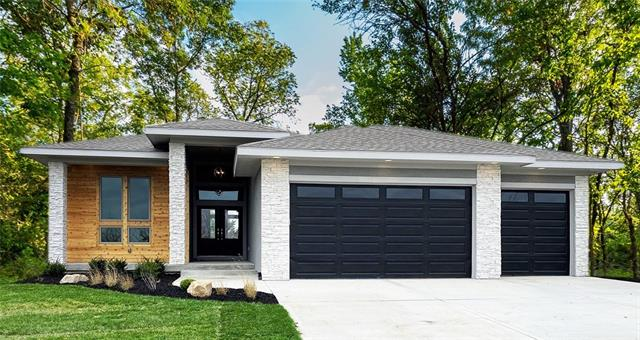 9559 Landon Street Property Photo
