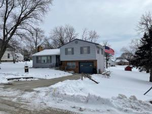 302 Main Street Property Photo