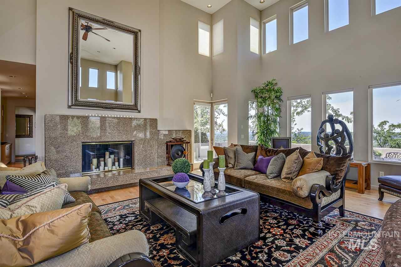2420 E Warm Springs Avenue Property Photo 5