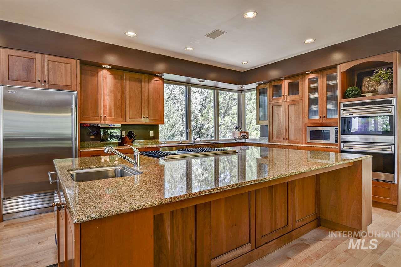 2420 E Warm Springs Avenue Property Photo 7