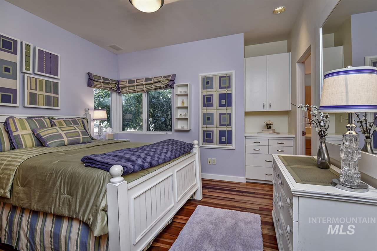 2420 E Warm Springs Avenue Property Photo 15