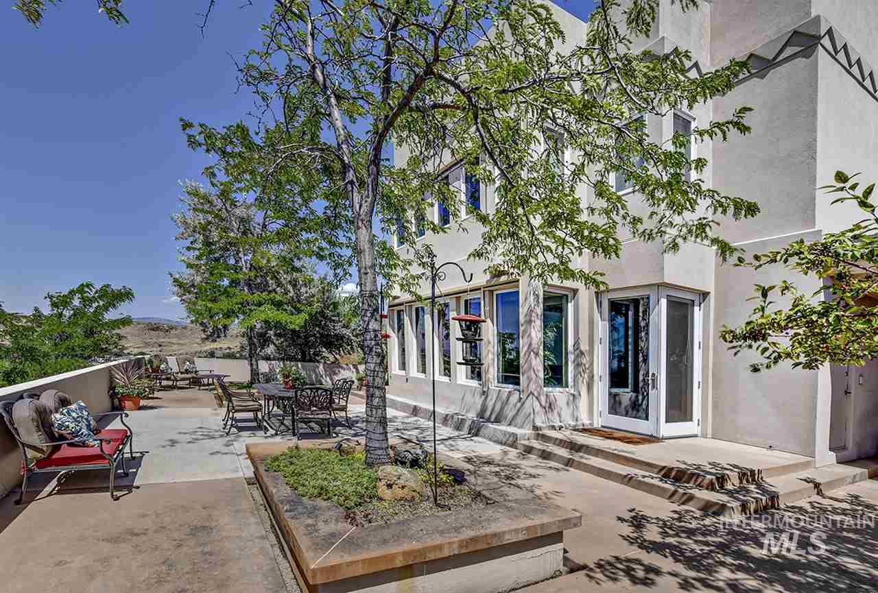 2420 E Warm Springs Avenue Property Photo 20