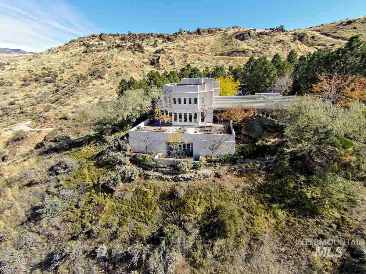 2420 E Warm Springs Avenue Property Photo 48