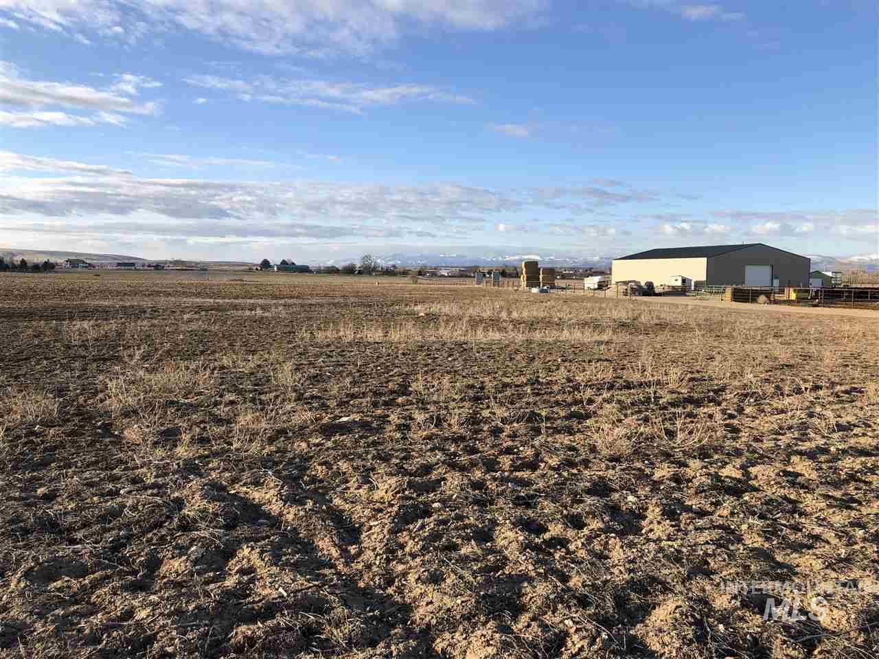 4199 Deer Flat Road Property Photo 3