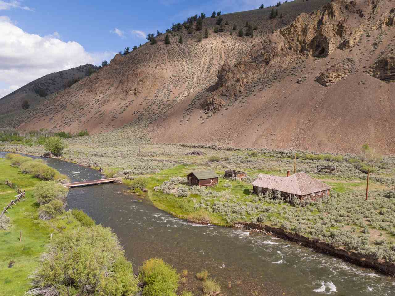 6728 N Copper Basin Property Photo - Mackay, ID real estate listing