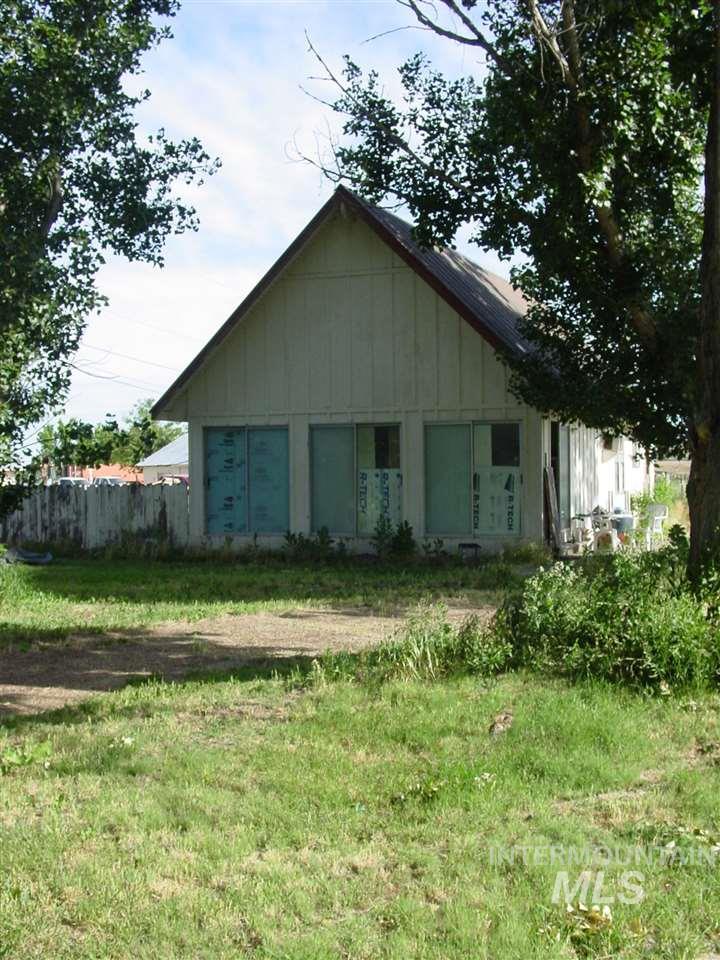 2903 E Chicago Property Photo 2