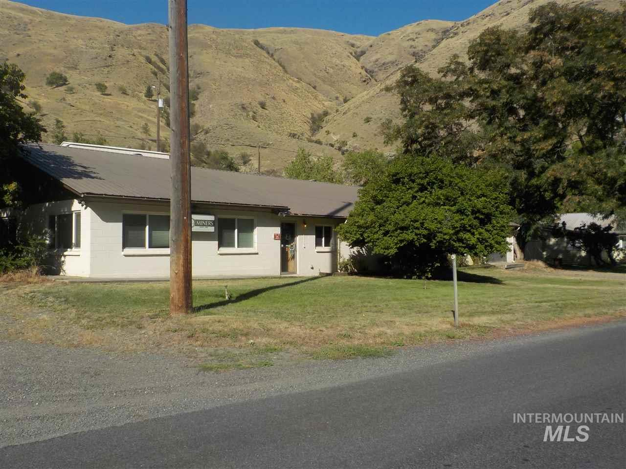 689 Old Pollock Road Property Photo - Riggins, ID real estate listing
