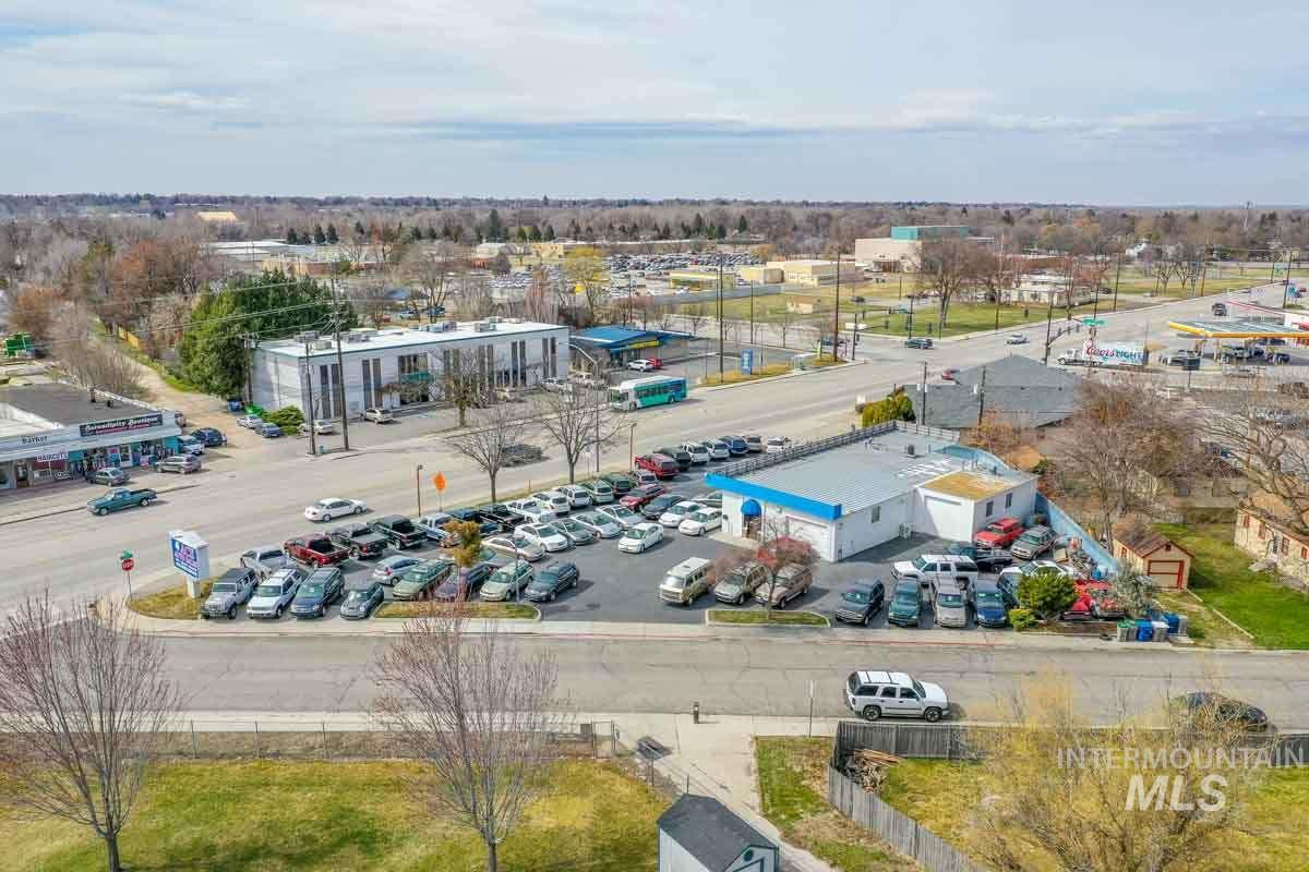 3000 W State St Property Photo