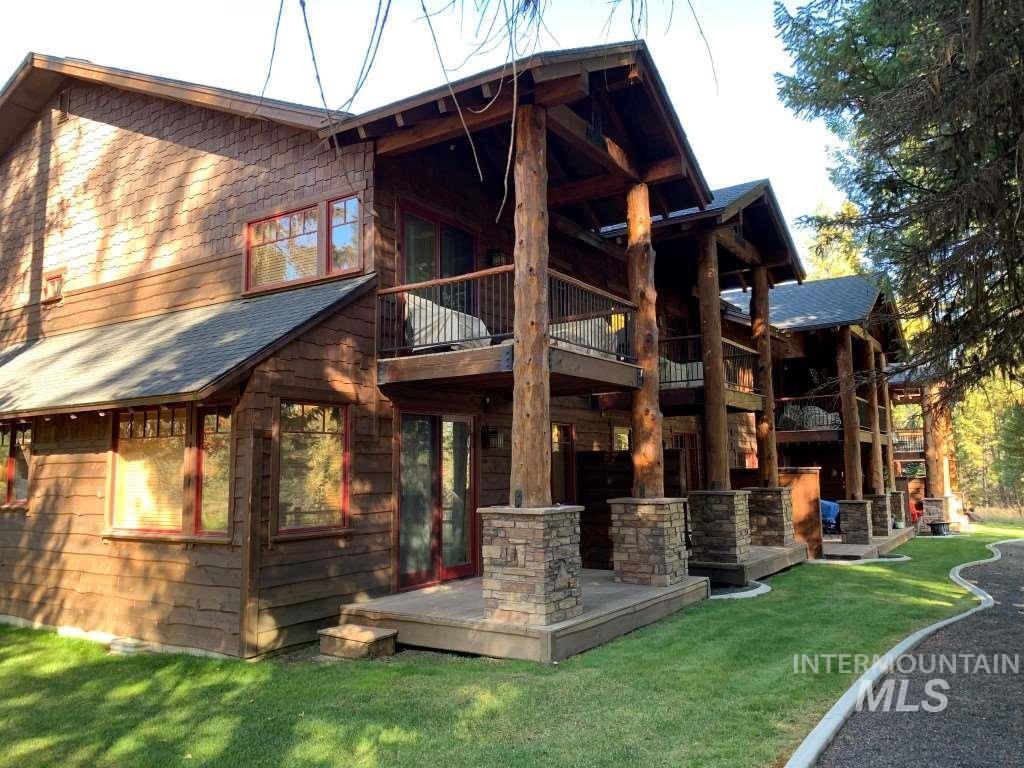 619 Pinedale Street Property Photo