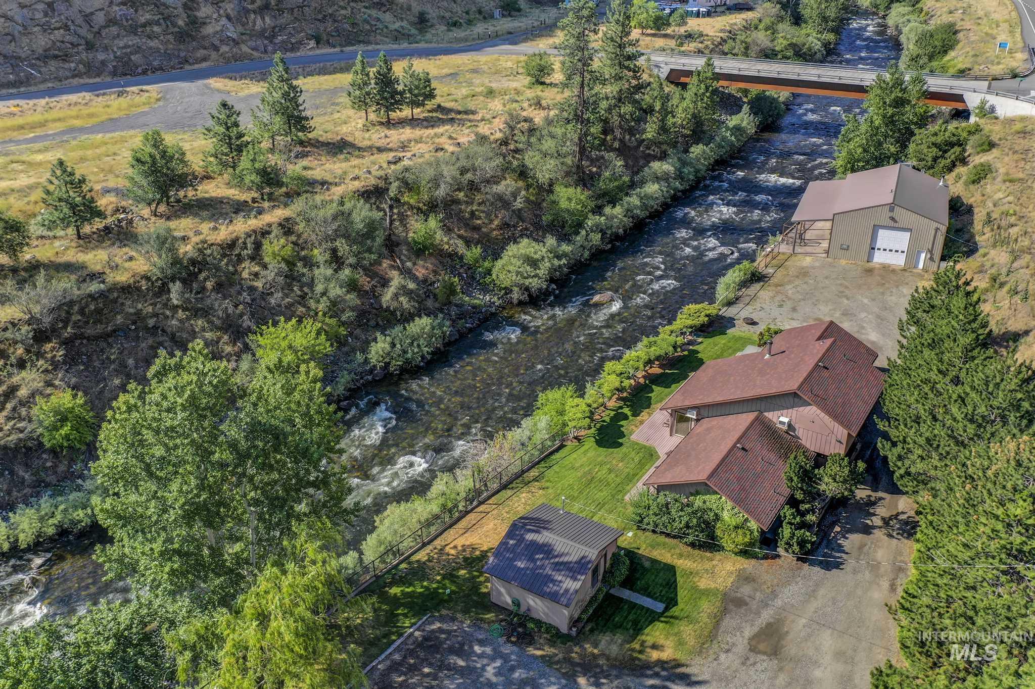 1318 S Main Property Photo