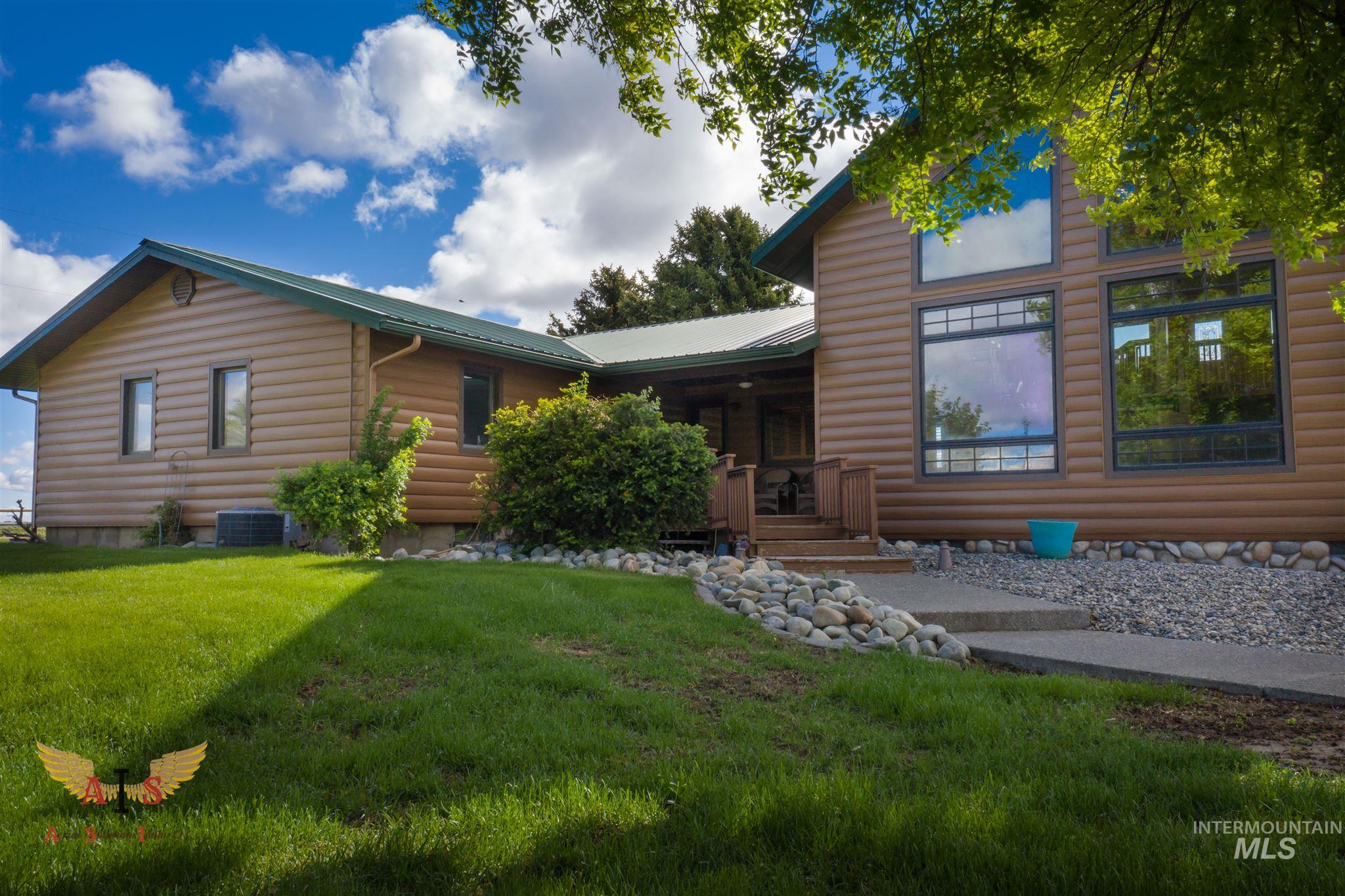 352 S 500 W Property Photo 2
