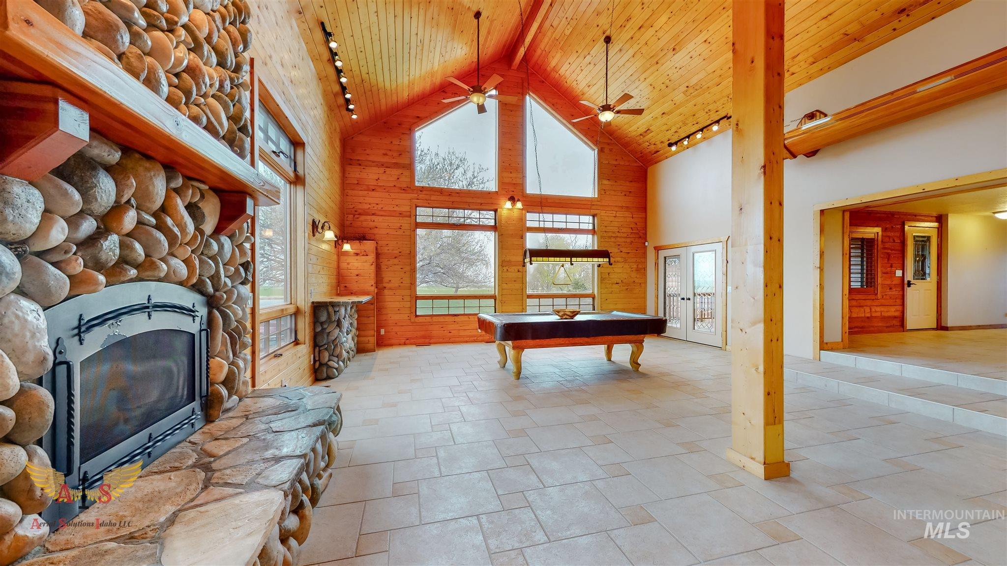 352 S 500 W Property Photo 5