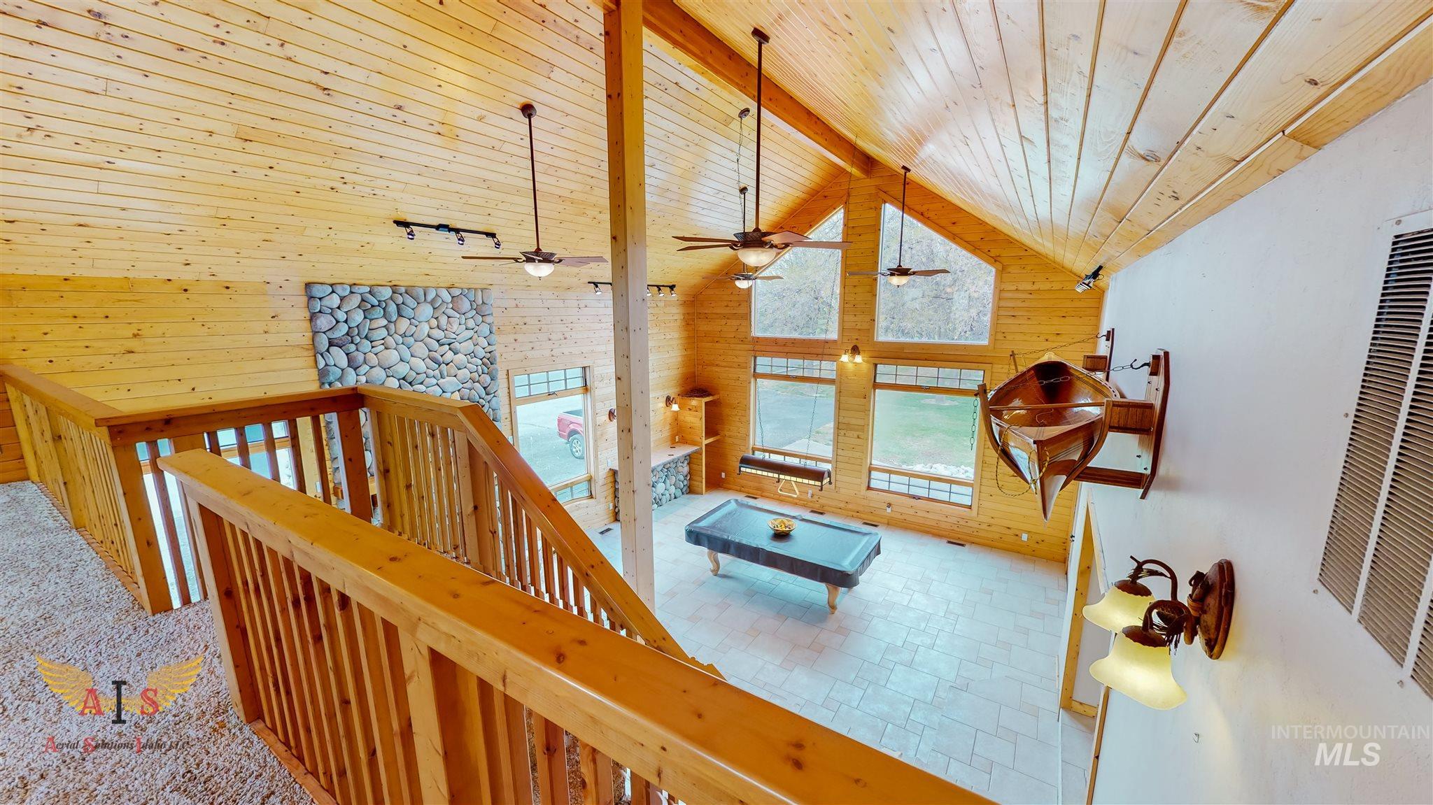 352 S 500 W Property Photo 6