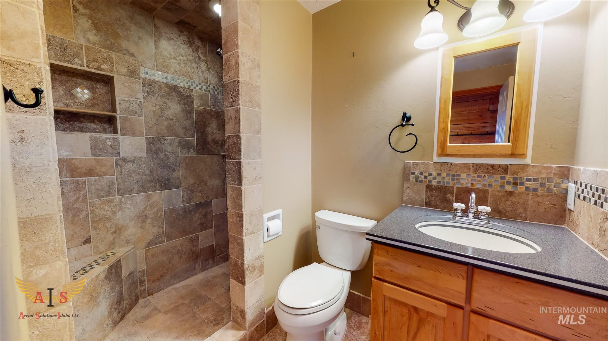 352 S 500 W Property Photo 10
