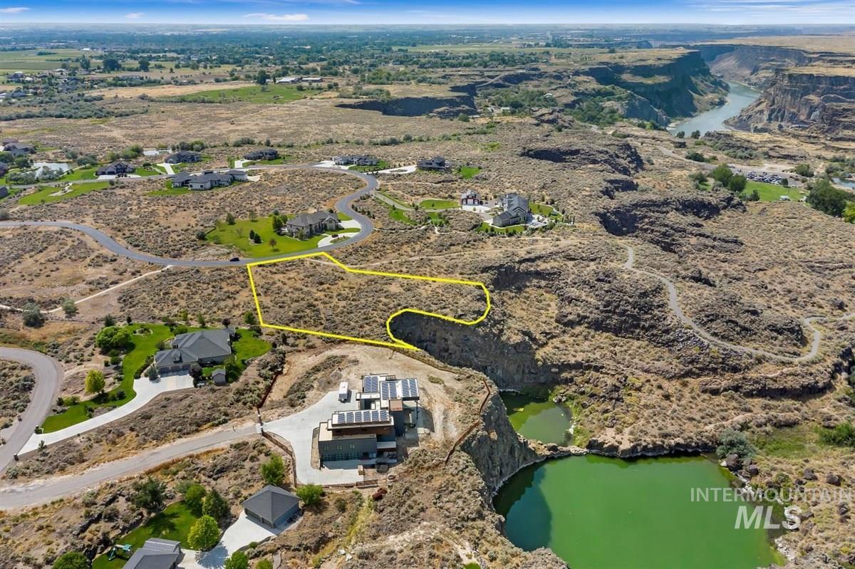 4090 Quail Ridge Dr. Property Photo