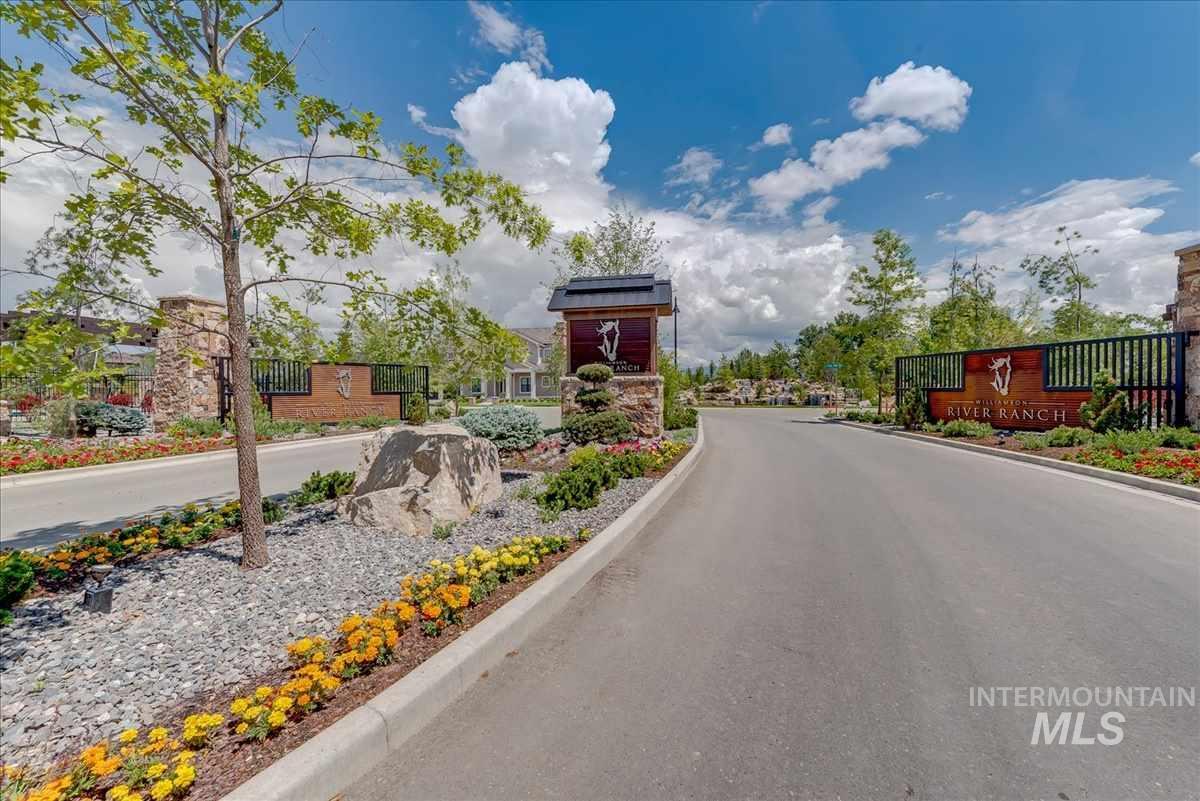 1688 E Garden Brook Drive Property Photo