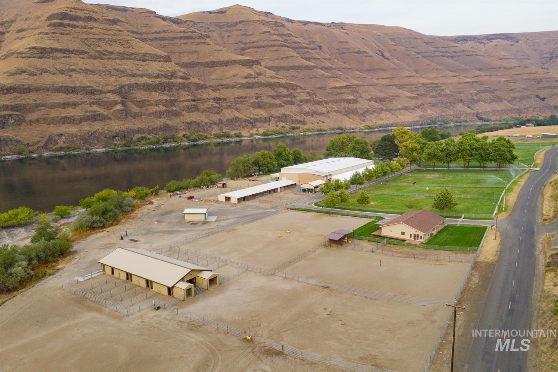6523 & 6391 Snake River Road Property Photo