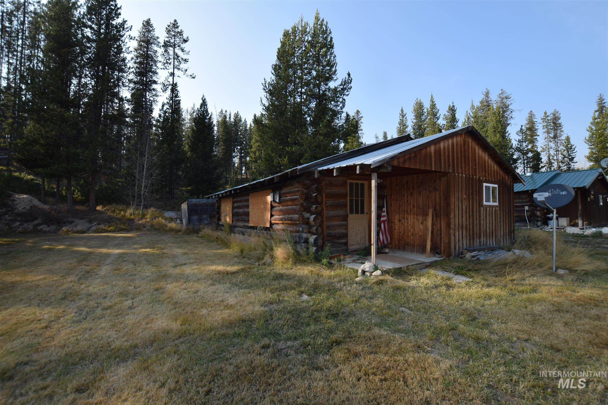 2724 Dixie Road Property Photo - Dixie, ID real estate listing