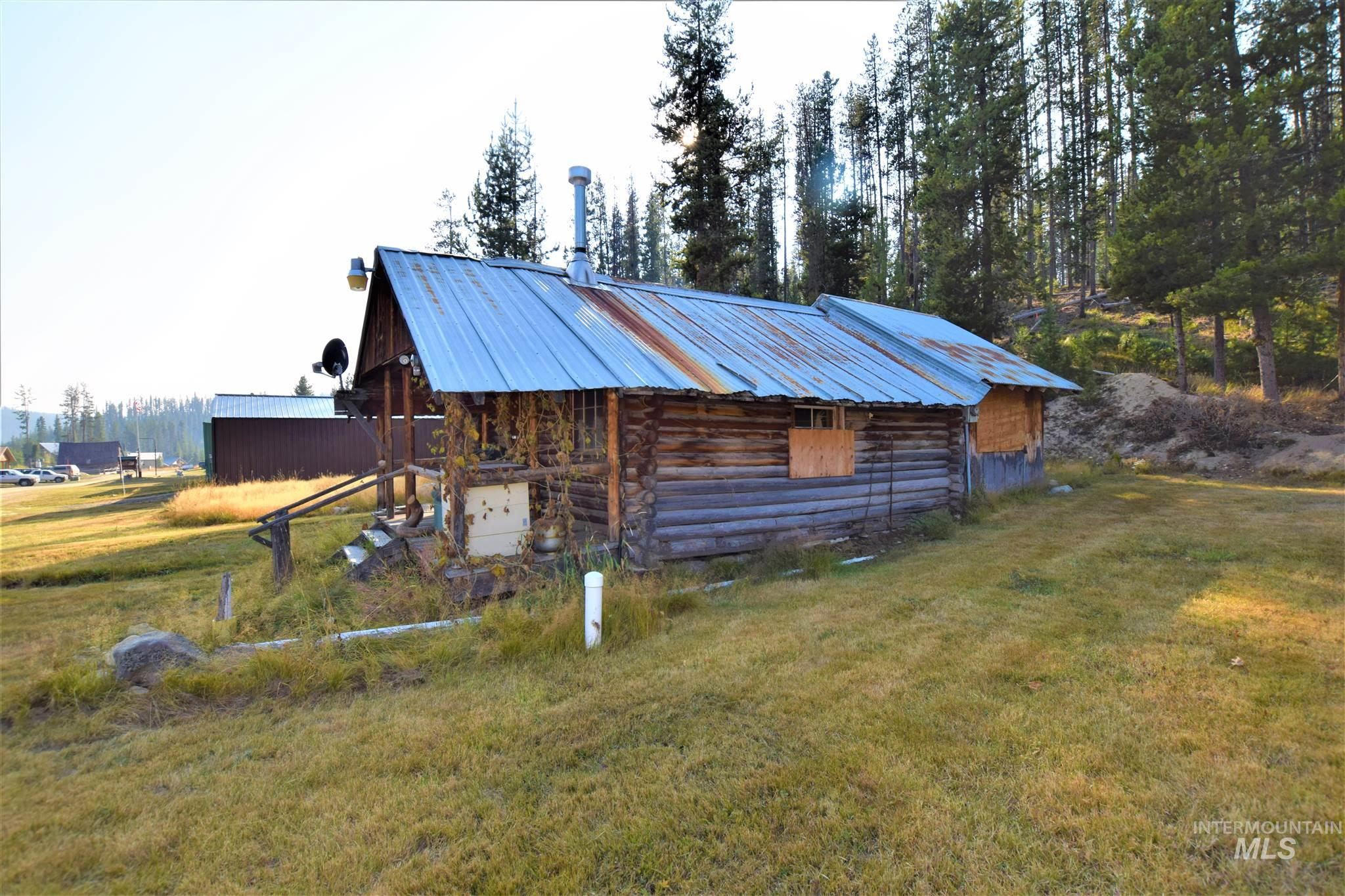 2726 Dixie Road Property Photo - Dixie, ID real estate listing