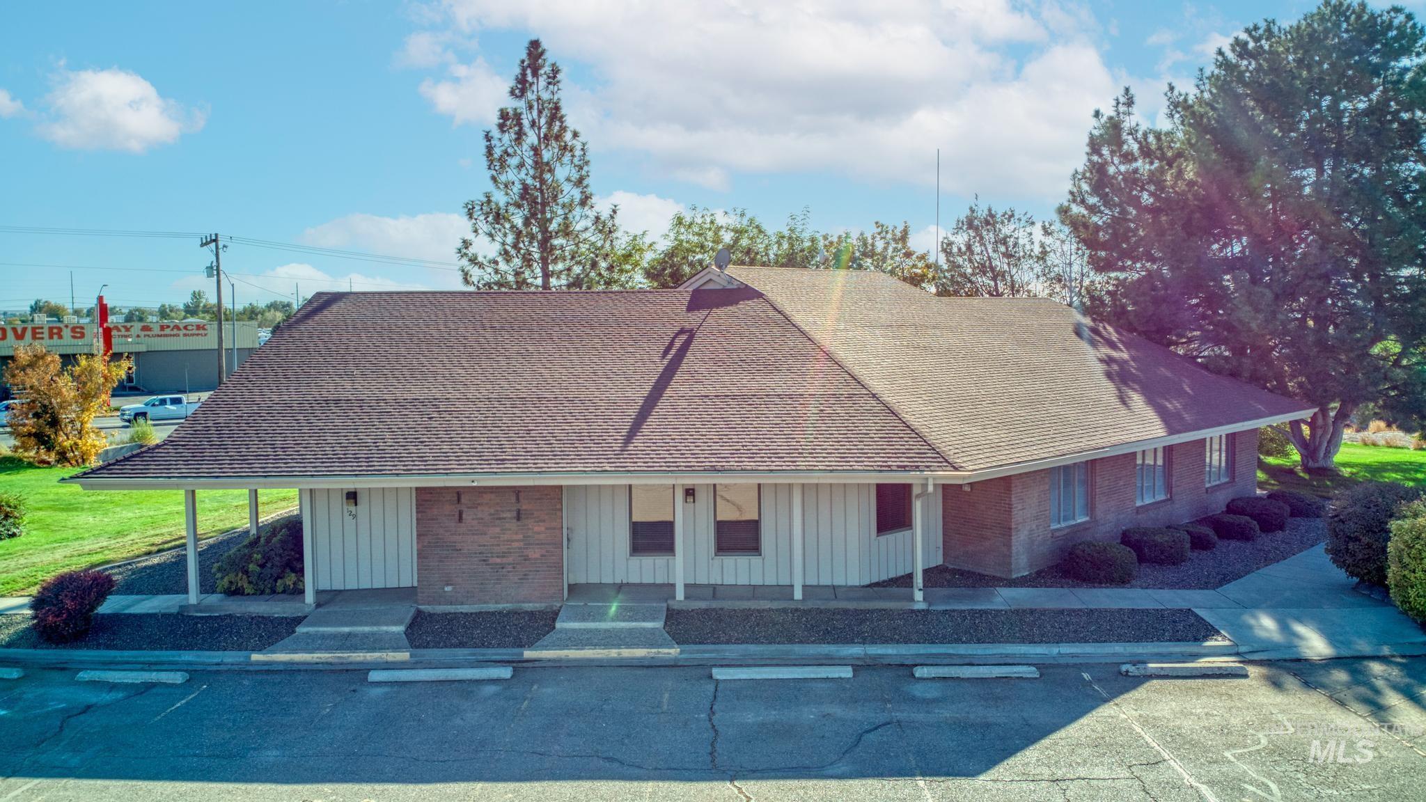 129 Eastland Drive Property Photo 5