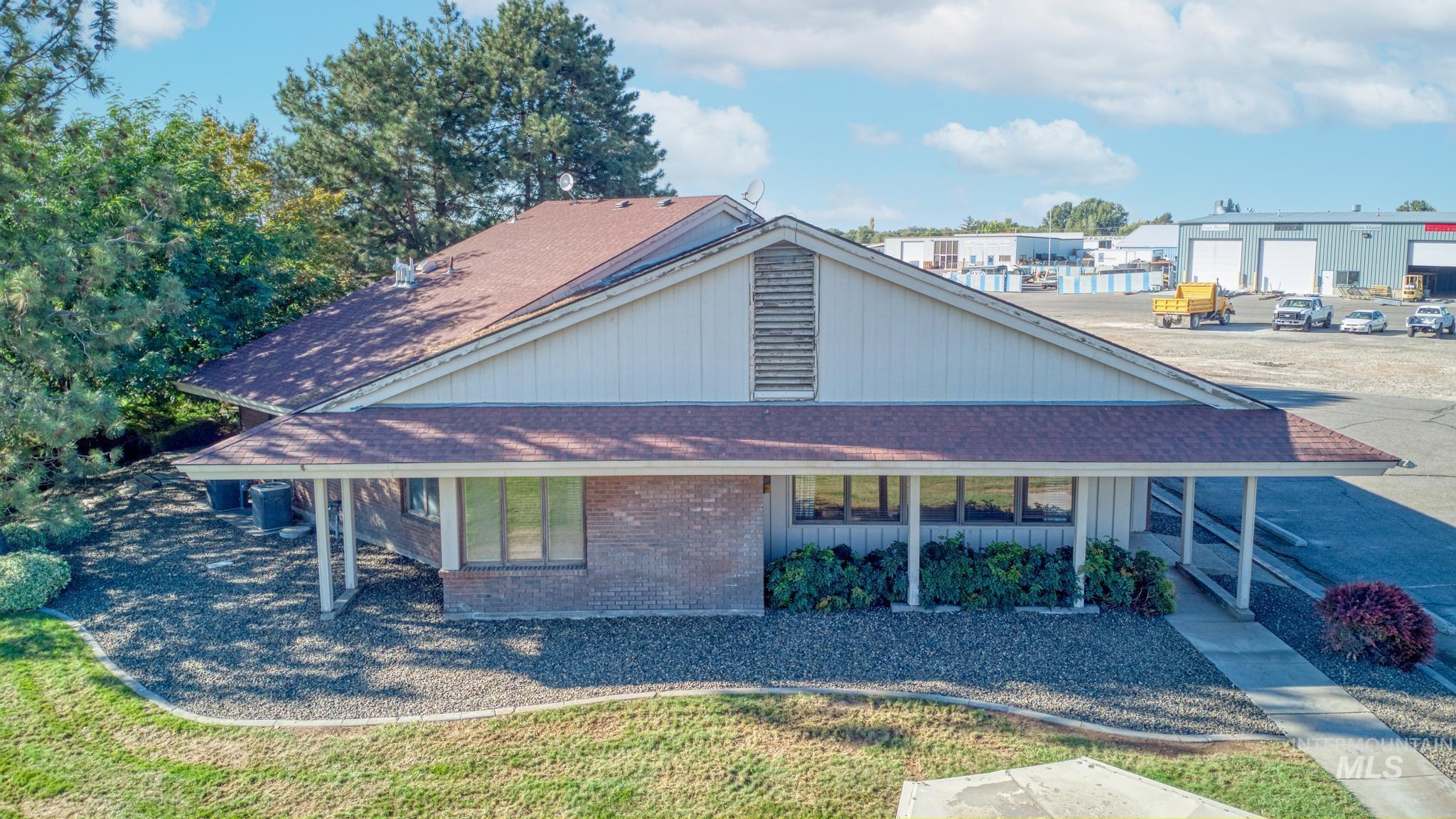129 Eastland Drive Property Photo 6