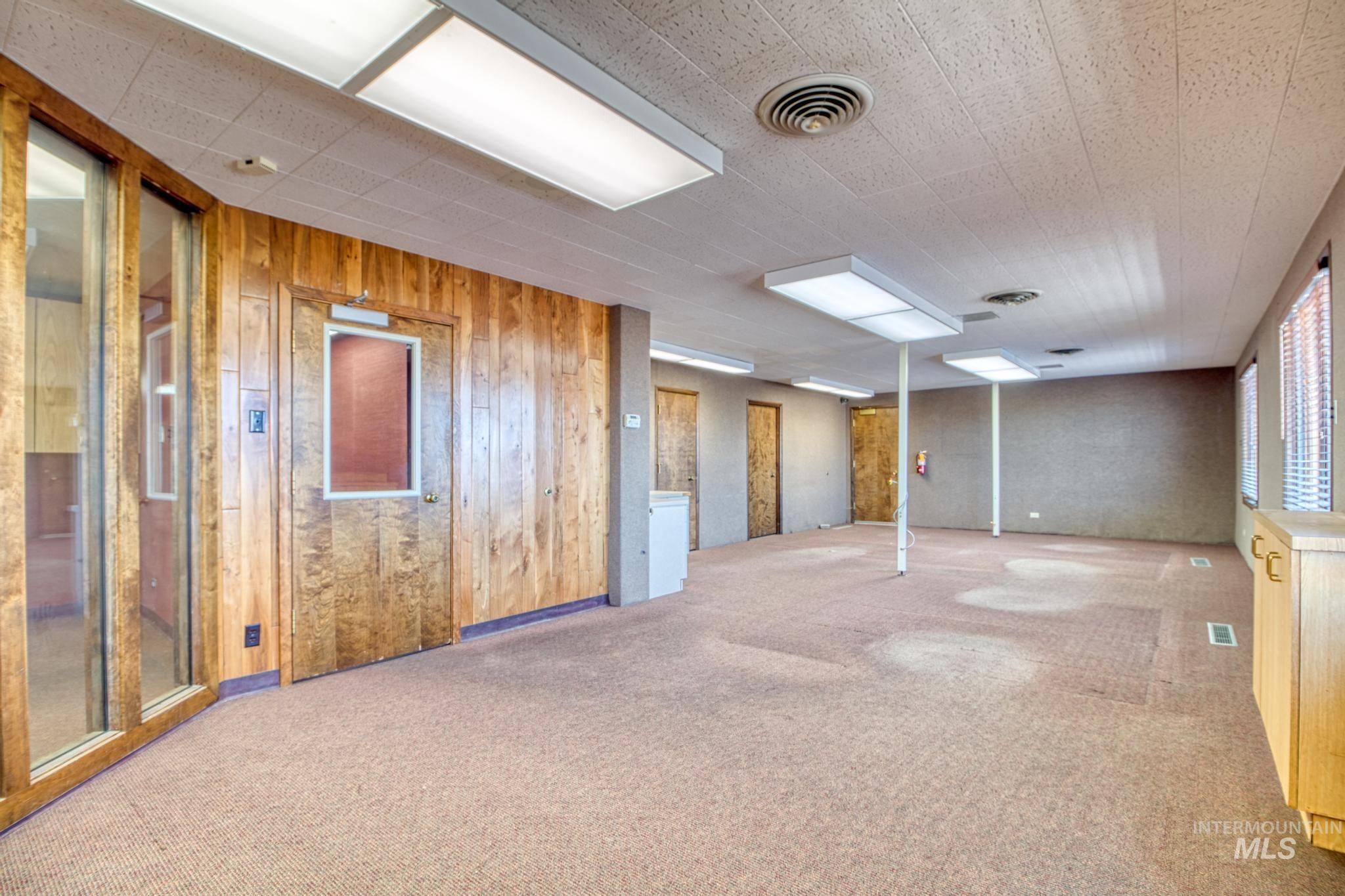 129 Eastland Drive Property Photo 10