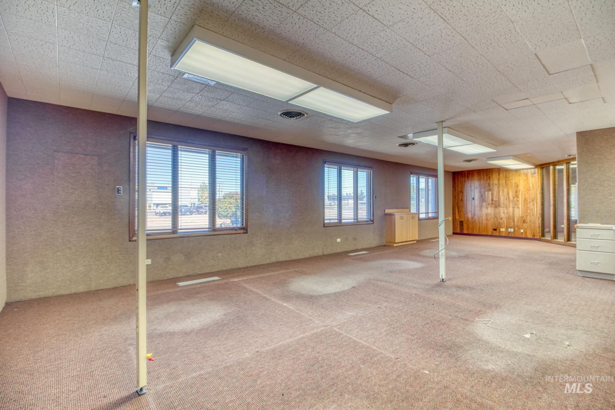 129 Eastland Drive Property Photo 11