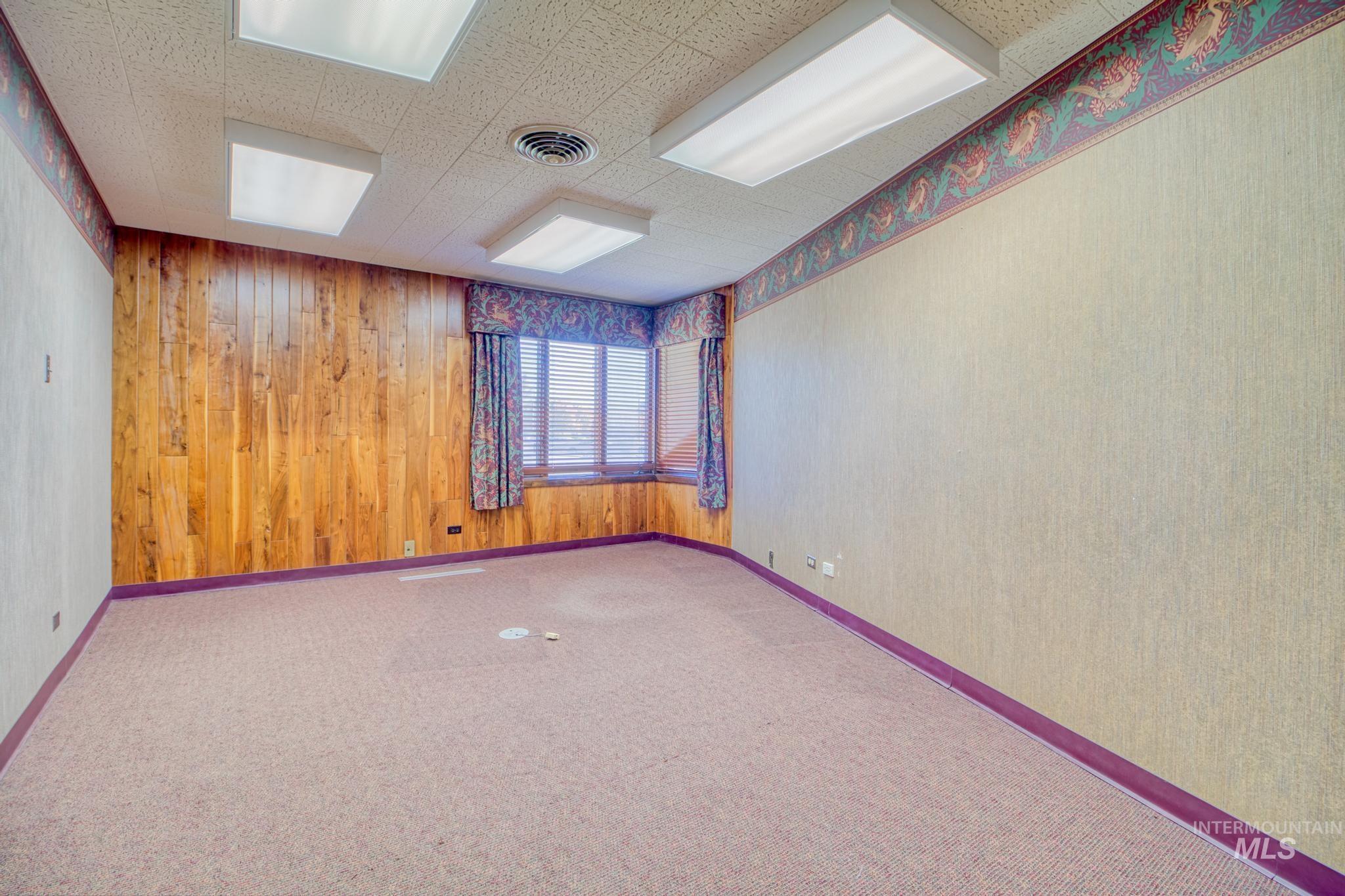 129 Eastland Drive Property Photo 27