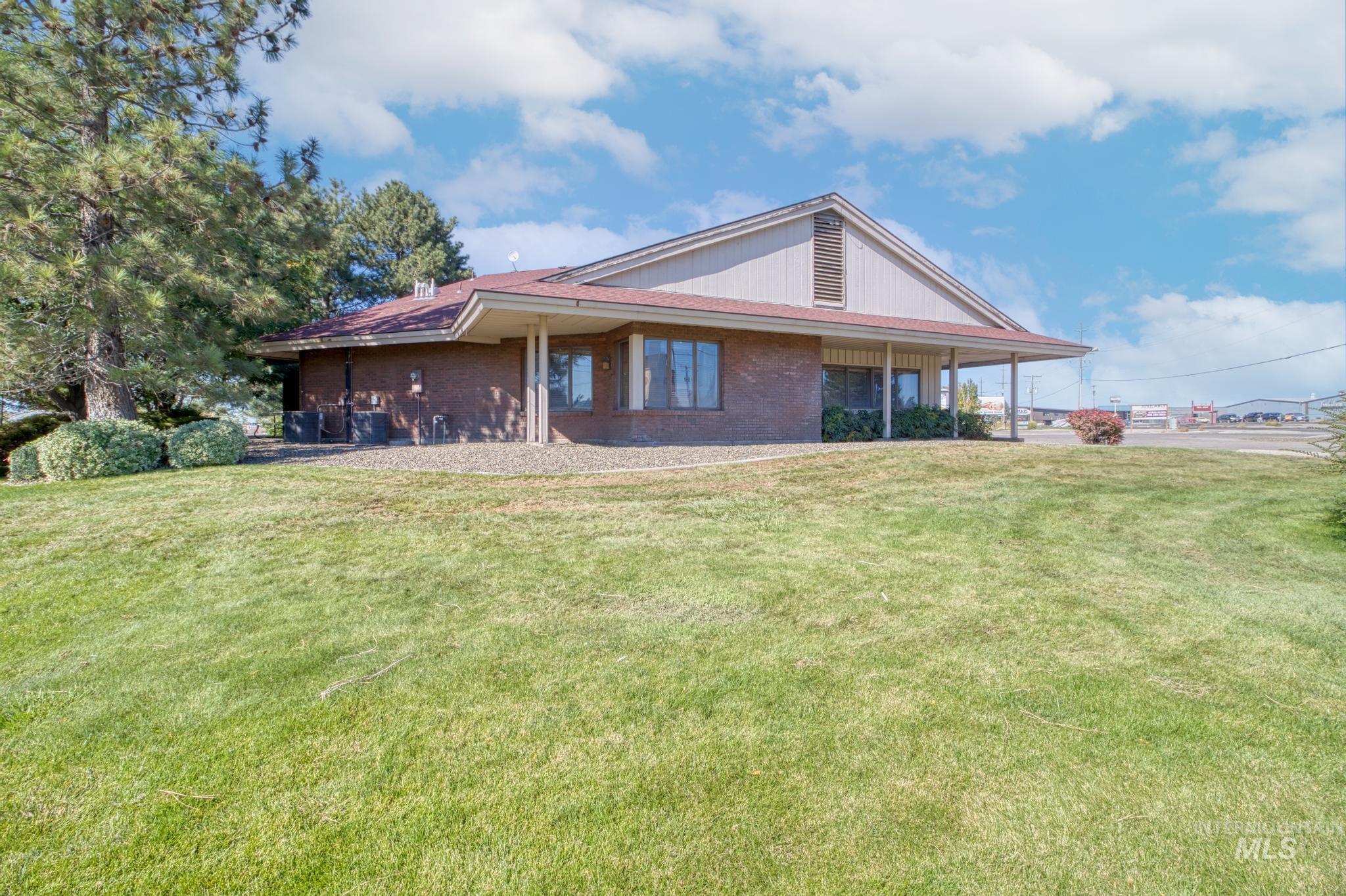 129 Eastland Drive Property Photo 32
