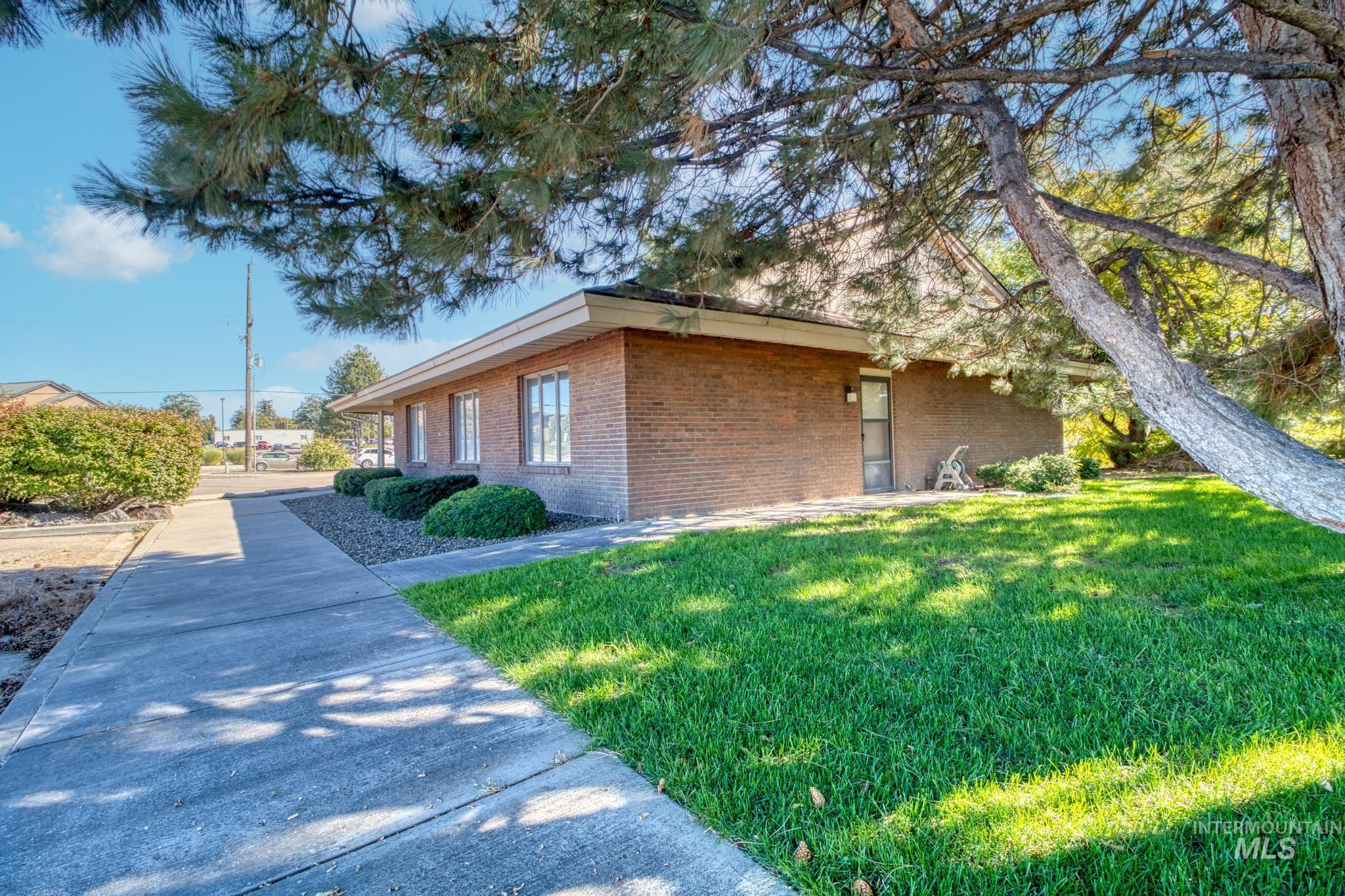 129 Eastland Drive Property Photo 37