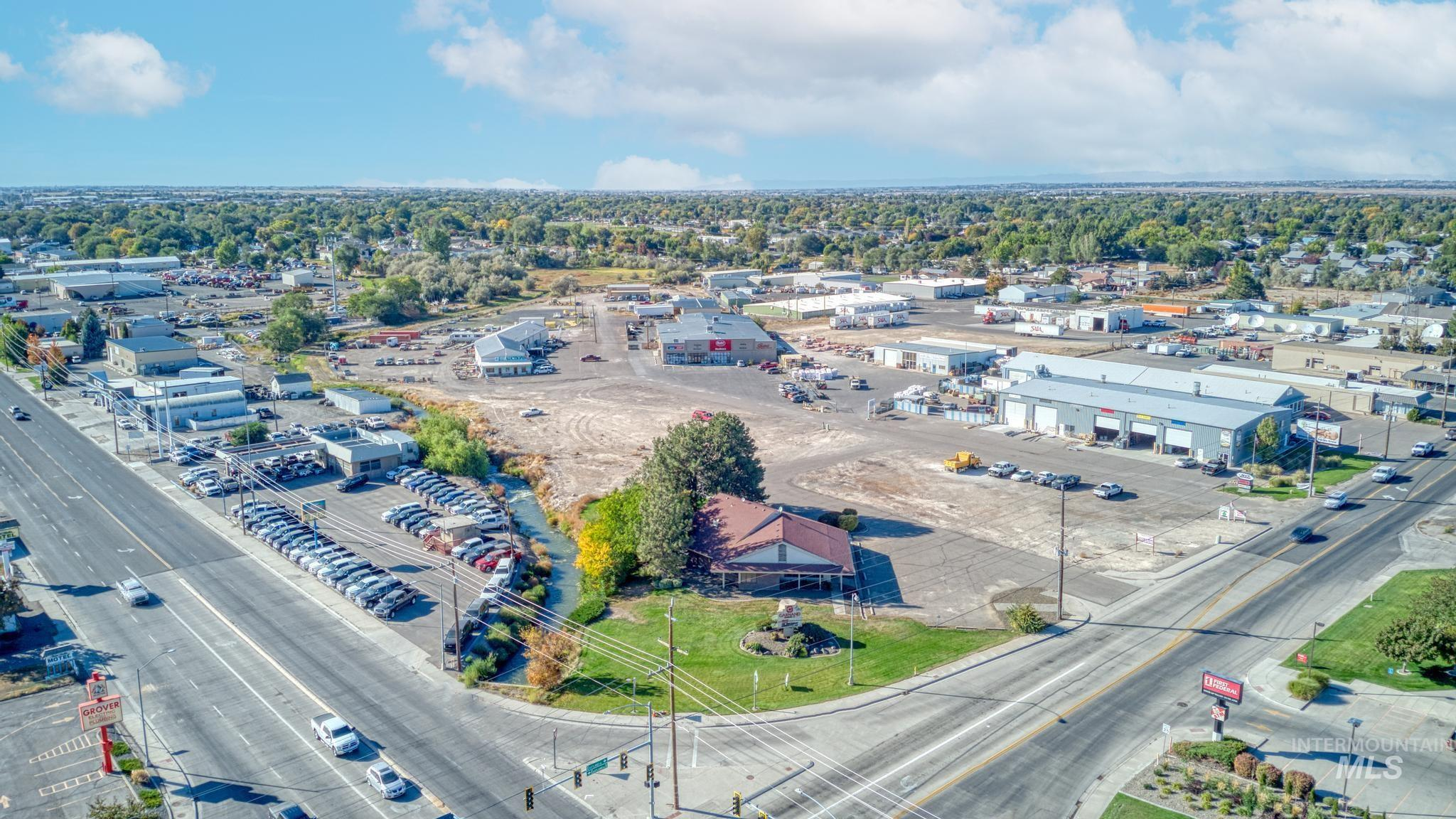 129 Eastland Drive Property Photo 41