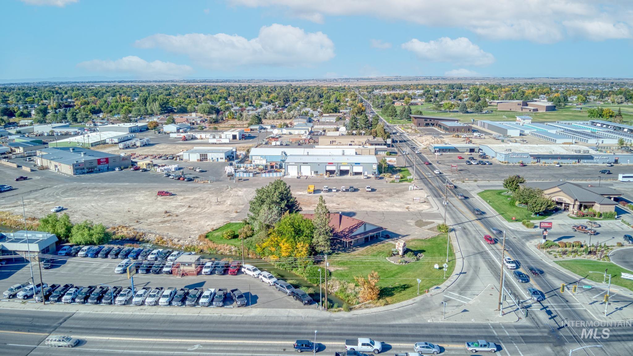 129 Eastland Drive Property Photo 42