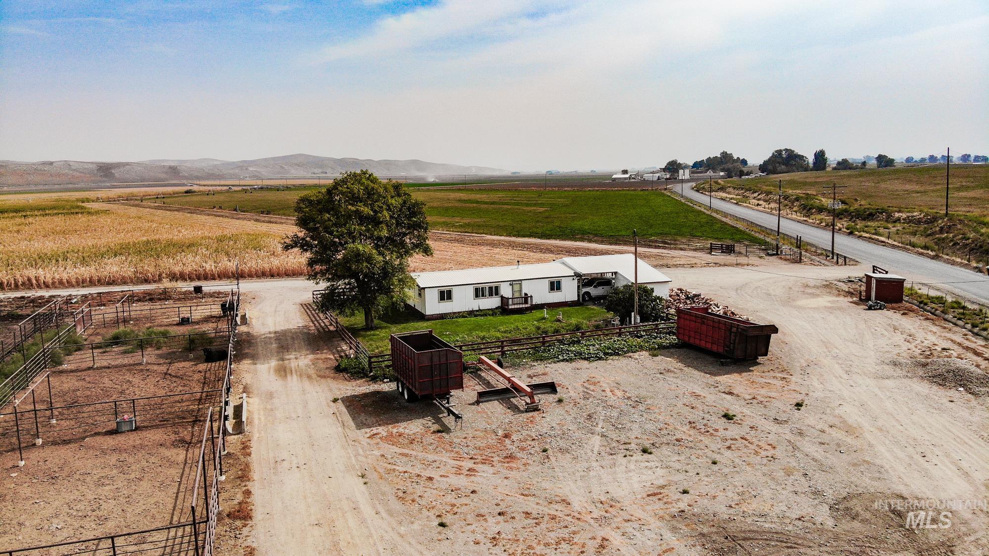5244 Maag Road Property Photo 12