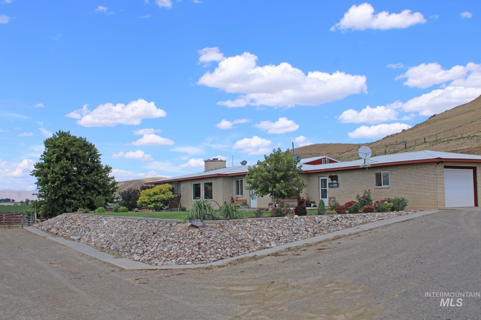 5244 Maag Road Property Photo 31