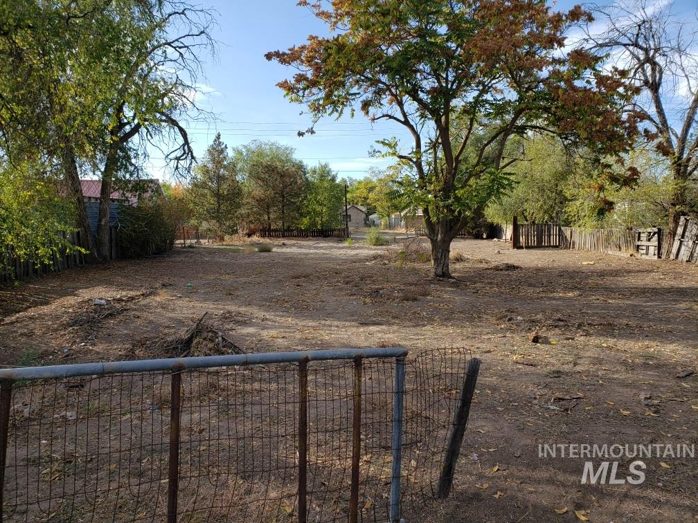 728 River St Property Photo - Ontario, OR real estate listing