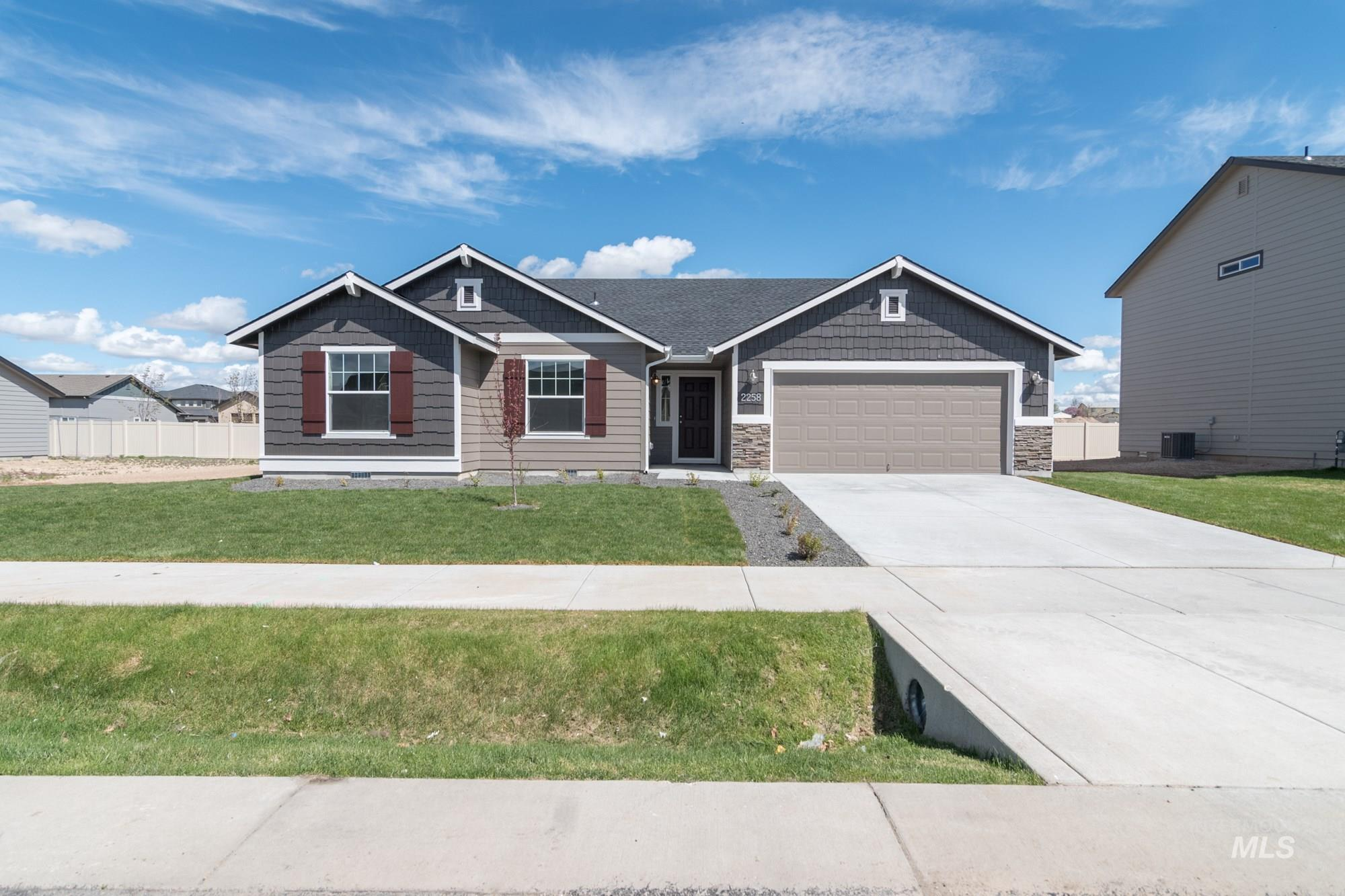 2810 N Iditarod Way Property Photo - Kuna, ID real estate listing