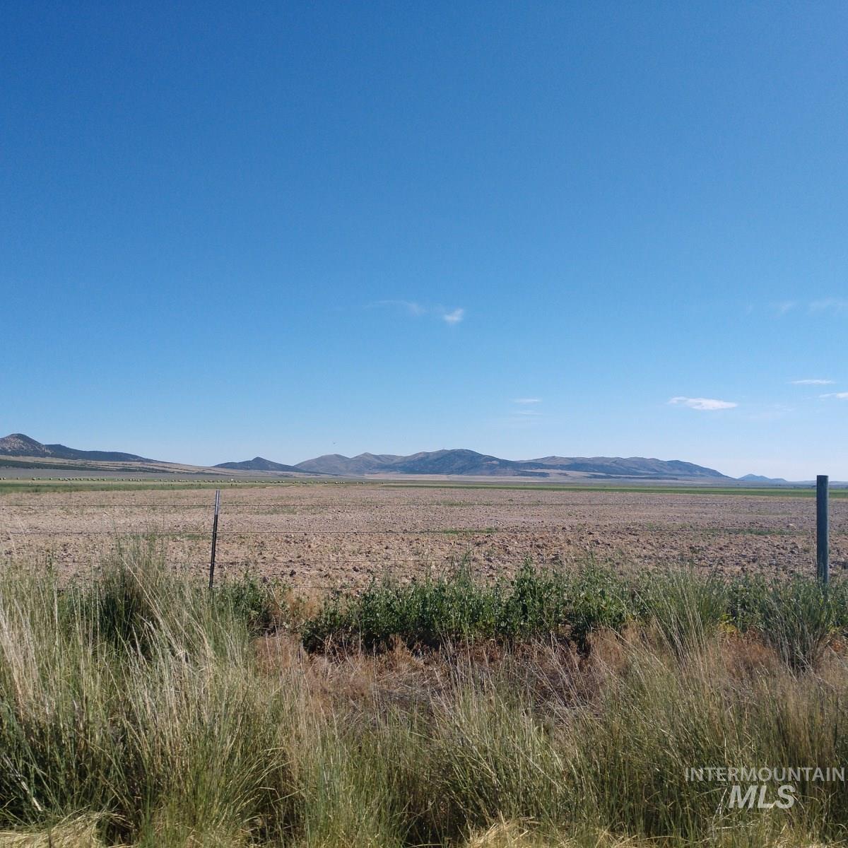 22050 W 10500 S Property Photo 8