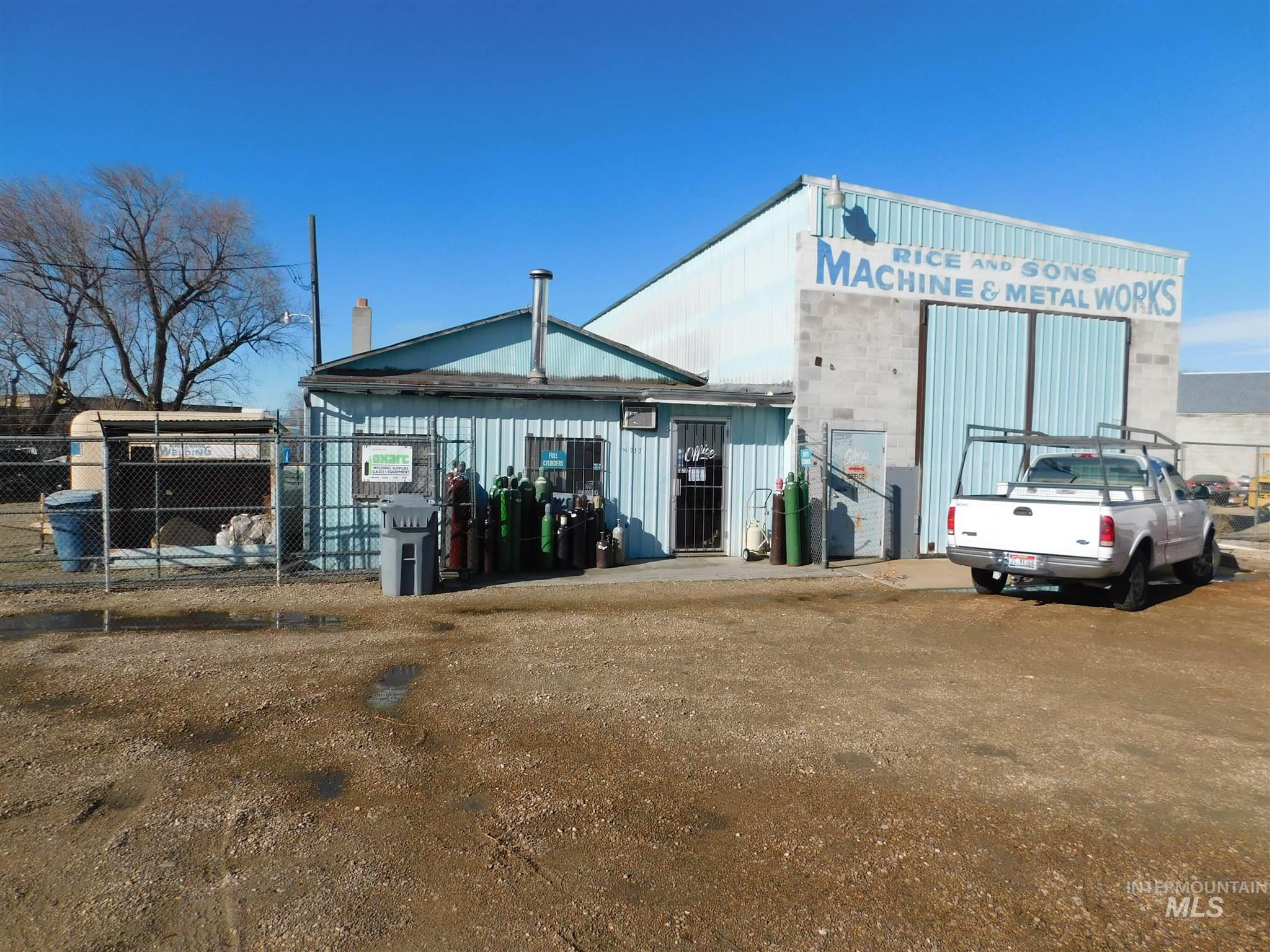 4013 E Ustick Road Property Photo
