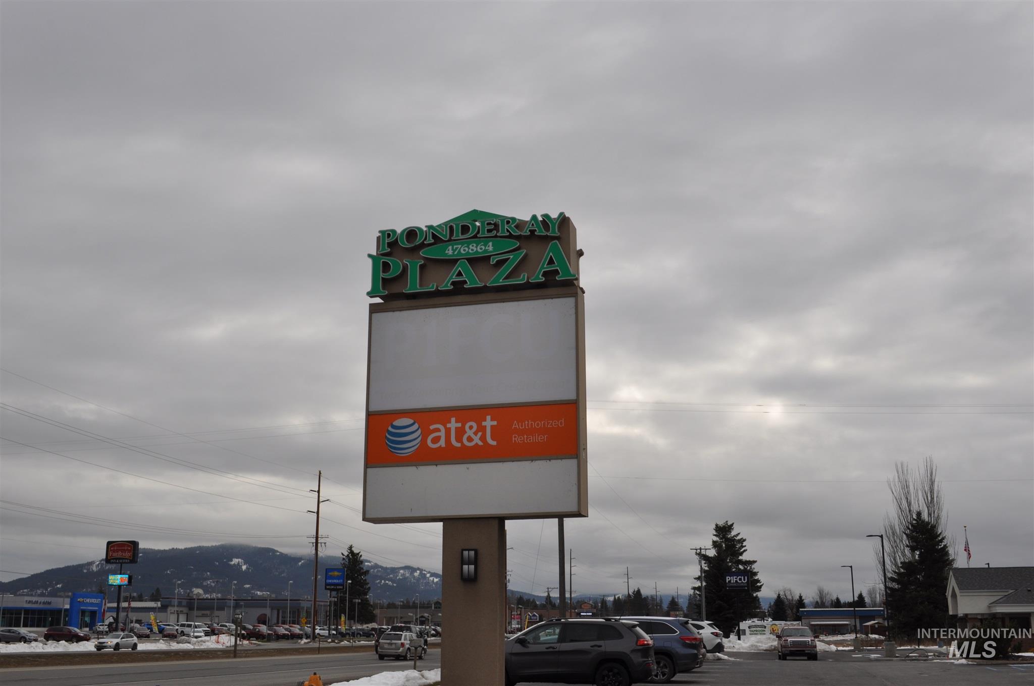 476864 Highway 95 Property Photo 6