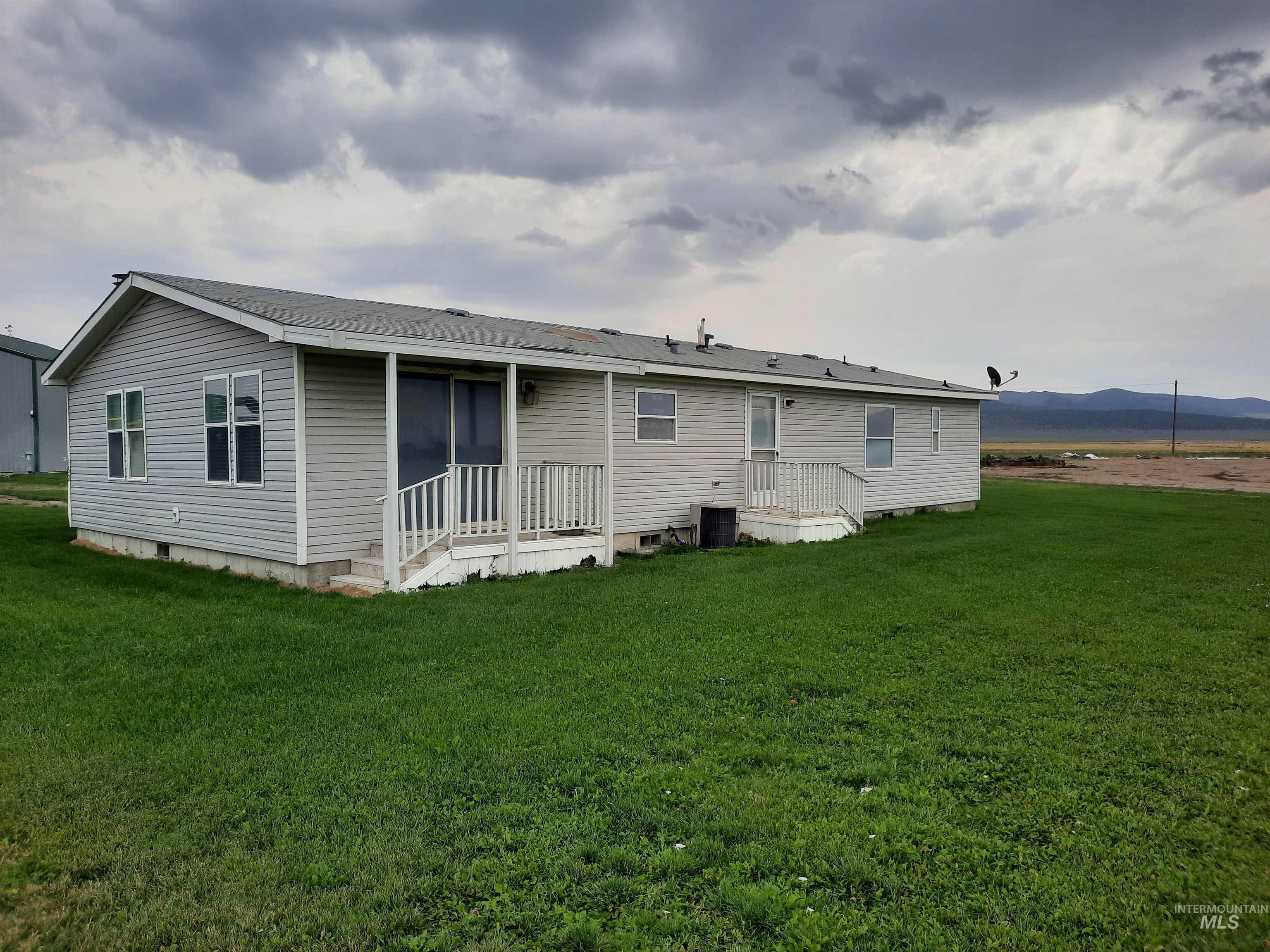 22260 W 10500 S Property Photo 43